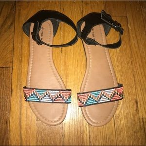 UO Tribal sandals
